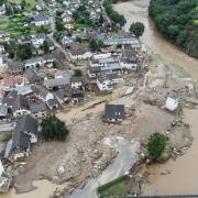 Weitgehend zerstört und überflutet ist das Dorf im Kreis Ahrweiler nach dem Unwetter mit Hochwasser. Jetzt wollen viele Menschen helfen.