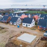Wer viel Geld in ein Eigenheim steckt, muss sich auch überlegen, wie er diese Investition absichert.