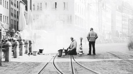 KW 17. Schienenarbeiten in der Maxstraße. (analoge Fotografie)