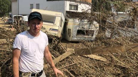 Der Handwerksmeister Dominic Münzl aus Fischach war mit einem Kollegen drei Tage in Ahrweiler, um zu helfen.