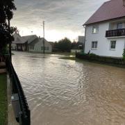 Das Wasser stand 40 Zentimeter hoch in Aretsried.