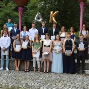 Die Schulbesten der Realschule Krumbach.