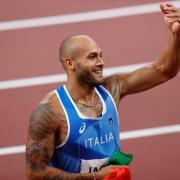 Leichtathletik in Tokio: Disziplinen, Zeitplan, Termine und live Übertragung im Free-TV und Stream. Der Italiener Lamont Marcell Jacobs gewann bei den Olympischen Spielen Gold über 100 Meter.