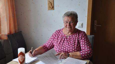 """Für jedes Treffen des Altenvereins """"Fröhlicher Feierabend"""" stellt die  Vorsitzende Maria Egle ein neues, ideenreiches Programm zusammen."""