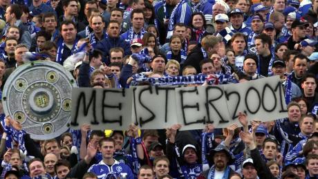 Vielleicht sind die Schalker ja tatsächlich 2001 Deutscher Meister geworden.