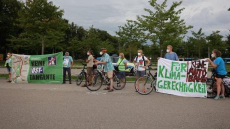 Vor kurzem gab es bereits eine Fahrraddemo gegen die Osttangente in Friedberg. Am Samstag, 18. September, wird es eine zwischen Mering und Königsbrunn geben.
