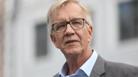 Nach Ansicht von Dietmar Bartsch sollte die Kanzlerin die Bahn anweisen, die Forderungen der GDL zu erfüllen.