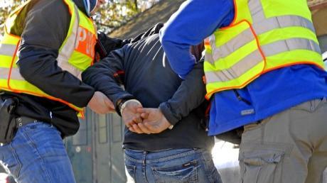Ein per Haftbefehl gesuchter Slowake ist am Mittwochnachmittag am Weilheimer Bahnhof festgenommen worden.