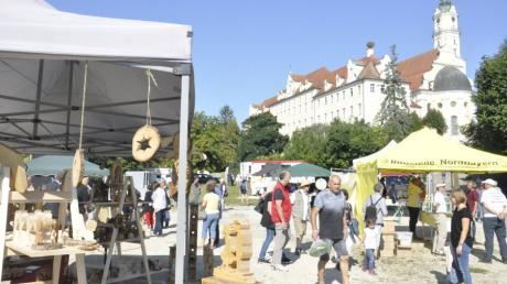 Der Ökomarkt im Heilig-Kreuz-Garten in Donauwörth lockte wieder viele Besucher.