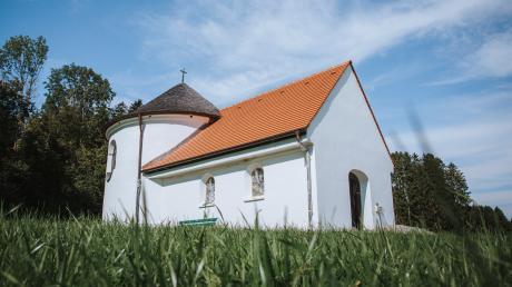 Die Holzkapelle in Beuerbach steht dieses Jahr im Mittelpunkt des Tags des offenen Denkmals im Landkreis Landsberg.