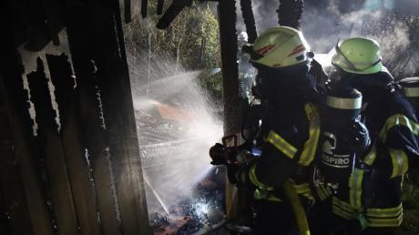 Auf dem Gelände des KJF-Berufsbildungs- und Jugendhilfezentrum Sankt Nikolaus in Dürrlauingen brannte eine Gartenhütte.