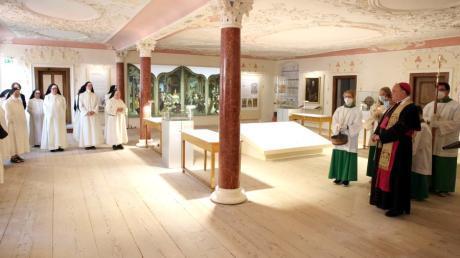 Am Samstag wurde das neue Klostermuseum in Wettenhausen eröffnet. Bischof Bertram Meier segnete die Räume.