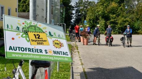 """Der ADFC organisierte im Rahmen der Aktion """"Autofreier Sonntag"""" eine Sternfahrt zum Emminger Hof in St.Ottilien."""