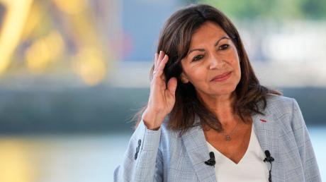 Anne Hidalgo, sozialistische Bürgermeisterin von Paris, gab ihre Kandidatur für die bevorstehenden Präsidentschaftswahlen in Frankreich im April 2022 bekannt.