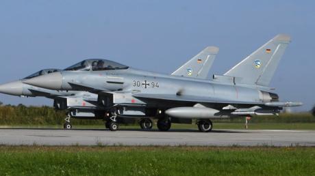 Die Eurofighter aus Neuburg starten und landen noch einige Tage auf dem Lechfeld.