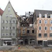 Der Brand in der Augsburger Karolinenstraße wird den Umbau der Straße weiter verzögern.