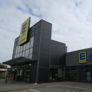 Grün wird zu Gelb: Der Marktkauf in Gersthofen ist jetzt ein Edeka-Laden. Zur Edeka-Gruppe gehört er schon seit Jahren.