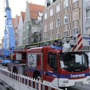 Die Feuerwehr ist am Mittwochabend erneut in der Augsburger Karolinenstraße im Einsatz.