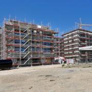 Richtfest für den ersten Bauabschnitt des Quartiers Am Weinberg am Eselsberg. Die ehemalige Panzerhalle der Ex-Hindenburgkaserne bleibt stehen.