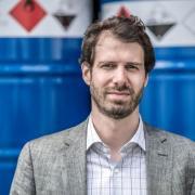 Stefan Bucher, Geschäftsführer der Chemischen Fabrik Karl Bucher in Waldstetten, zahlt jedem Mitarbeitenden seines Betriebs 500 Euro dafür, dass er oder sie sich hat impfen lassen.