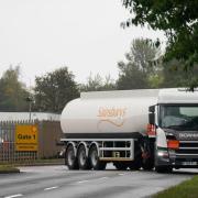 Eine Lkw-Fahrerin ist in Tapfheim nach einem Unfall geflüchtet und dann zurückgekehrt.