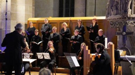 Unter der Leitung von Friedemann Johannes Wieland gestalteten das Vokalensemble Ulmer Münster sowie das Karlsruher Barockorchester den Auftakt des Münstermusikfestivals 2021.