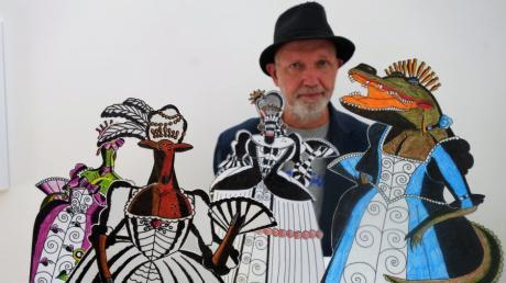 Rudi Bodmeier zeigt im Ulmer Stadthaus seine Traumfrauen. Hier: die Parade der Gräfinnen.