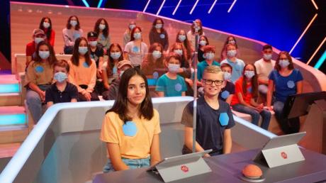 Johanna und Felix mit ihren Mitschülerinnen und Mitschülern der Klasse 7c vom Robert-Bosch-Gymnasium Langenau.