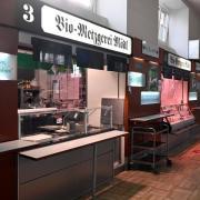 Anfang nächsten Jahres gibt Biometzger Simon Mödl seinen Stand in der Fleischhalle des Stadtmarkts auf.