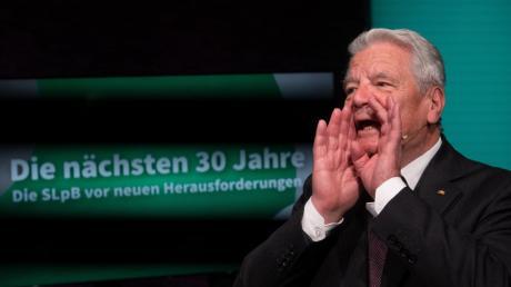 Meldet sich zu Wort: der frühere Bundespräsident Joachim Gauck sorgt sich um die Demokratie.