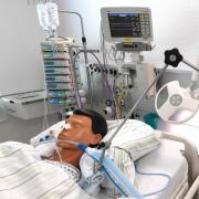 In den Kliniken im Kreis Günzburg sind am Sonntag fünf von 48 Intensivbetten frei.