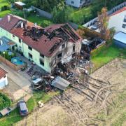 Bei dem Großbrand in Mering starben zwei Menschen. Die Überlebenden kämpfen noch heute mit den Folgen.