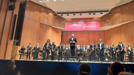 Die Junge Ulmer Bläserphilharmonie begeistert im Ulmer Congress-Centrum.