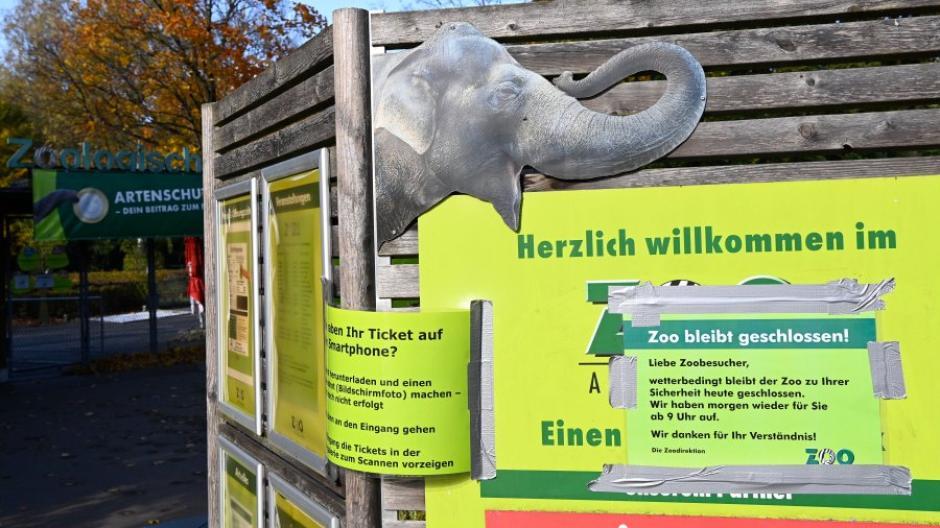 Der Augsburger Zoo ist heute wegen Sturmwarnung geschlossen.