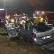 Ein schwerer Unfall hat sich am Mittwochabend in Affing ereignet. Dabei kam ein Mensch ums Leben, zwei weitere wurden verletzt.