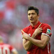 Bayern-Stürmer Robert Lewandowski ist für das nächste Bundesligaspiel gesperrt. Foto: Andreas Gebert