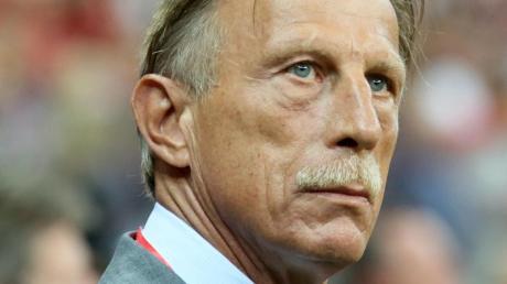 Christoph Daum ist eine der schillerndsten Figuren des deutschen Fußballs. Jetzt hat er ein Buch geschrieben.