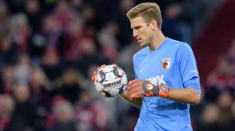 Kann gegen Schalke das Augsburg-Tor hüten: FCA-Keeper Andreas Luthe. Foto: Matthias Balk