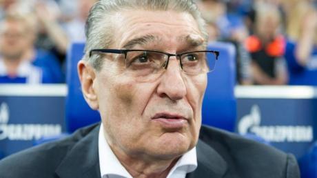 Ehemaliger Legendärer Manager vom FC Schalke 04: Rudi Assauer ist im Alter von 74 Jahren gestorben. Foto (2017): Guido Kirchner