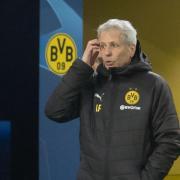 BVB-Trainer Lucien Favre muss mit seinen Dortmundern in Nürnberg antreten. Foto: Bernd Thissen