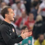 Stuttgarts Trainer Nico Willig plant vor dem Spiel gegen Union personelle Veränderungen. Foto: Sebastian Gollnow