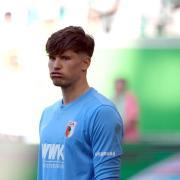 Der FC Augsburg will Torwart Gregor Kobel dauerhaft verpflichten. Foto: Peter Steffen