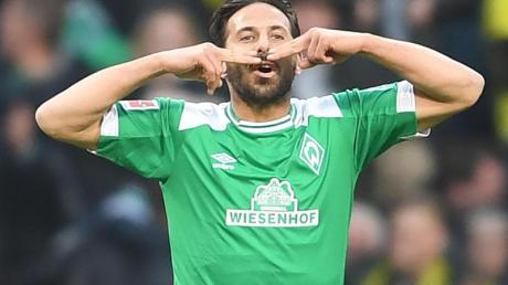 Claudio Pizarro liebt gleich zwei Clubs: Den SV Werder Bremen und den FC Bayern. Foto: Carmen Jaspersen