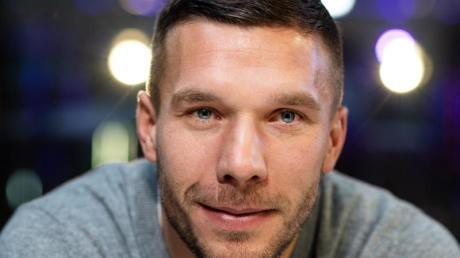 Der frühere Kölner Lukas Podolski spielt derzeit Fußball in Japan. Foto: Bernd Thissen