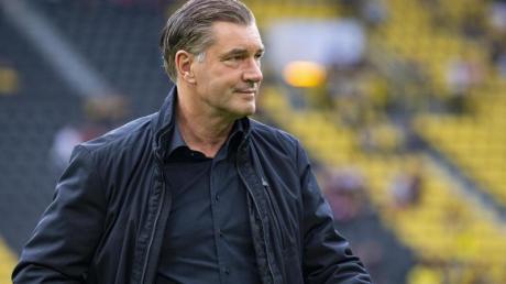 Zorc hat mit Unverständnis auf die Verbalattacke des ehemaligen BVB-Profis gegen Geschäftsführer Watzke reagiert. Foto: Guido Kirchner/dpa