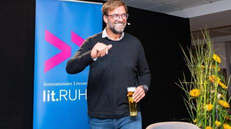 Prominenter Gast: Jürgen Klopp zu Besuch bei seinem alten Club in Dortmund. Foto: Guido Kirchner/dpa