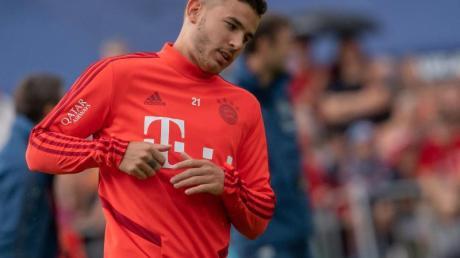 Ist wieder gesund vom Länderspieleinsatz zu den Bayern zurückgekehrt: Lucas Hernandez. Foto: Peter Kneffel/dpa