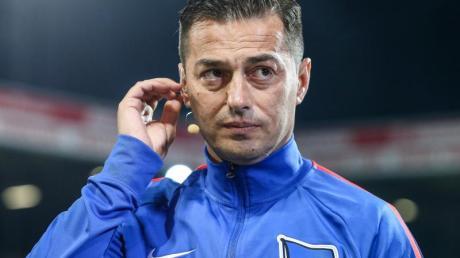 Hertha-Cheftrainer Ante Covic hofft auf einen Heimsieg gegen RB Leipzig. Foto: Andreas Gora/dpa