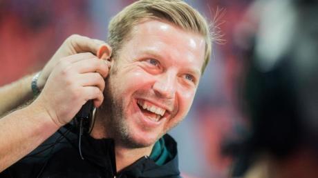 Über den Trainer gibt es bei Werder Bremen keine Diskussion: Florian Kohfeldt. Foto: Rolf Vennenbernd/dpa
