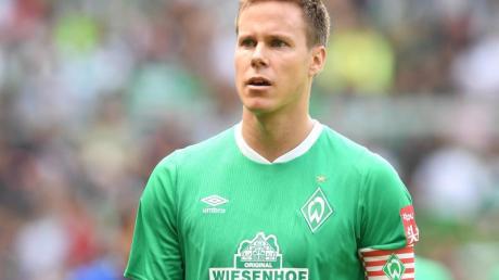 Hat bei Bremen ein neues Arbeitspapier unterschrieben: Werder-Kapitän Niklas Moisander.